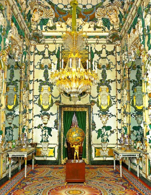 Saleta de Porcelana, creada en la Real Fábrica del Buen Retiro, 1765-1770, Palacio Real